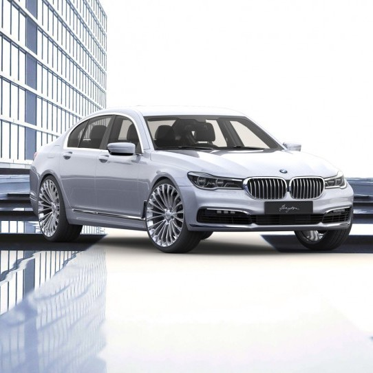 Race LS 2 on BMW 7 Series G11